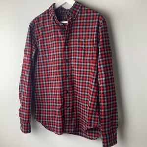 Banana Republic Luxe Red Flannel Camden Fit Small